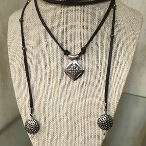 Jewelry - Adjustable Leather & Metal Choker Necklace
